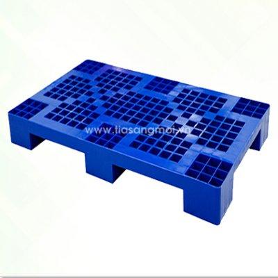 Pallet nhựa HT-327
